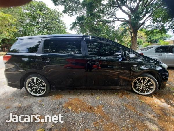 Toyota Wish 1,5L 2011-4