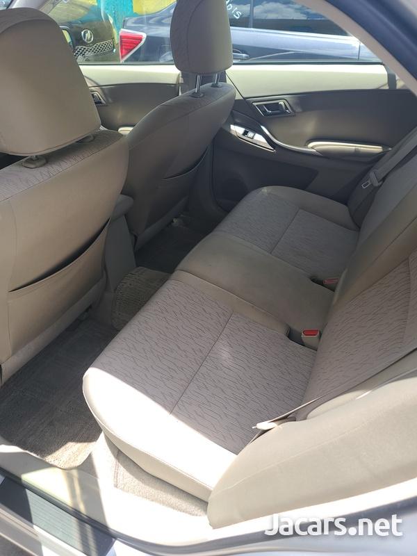Toyota Allion 2,0L 2012-13