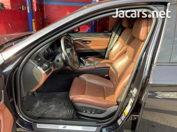 BMW 5-Series 3,5L 2011-5