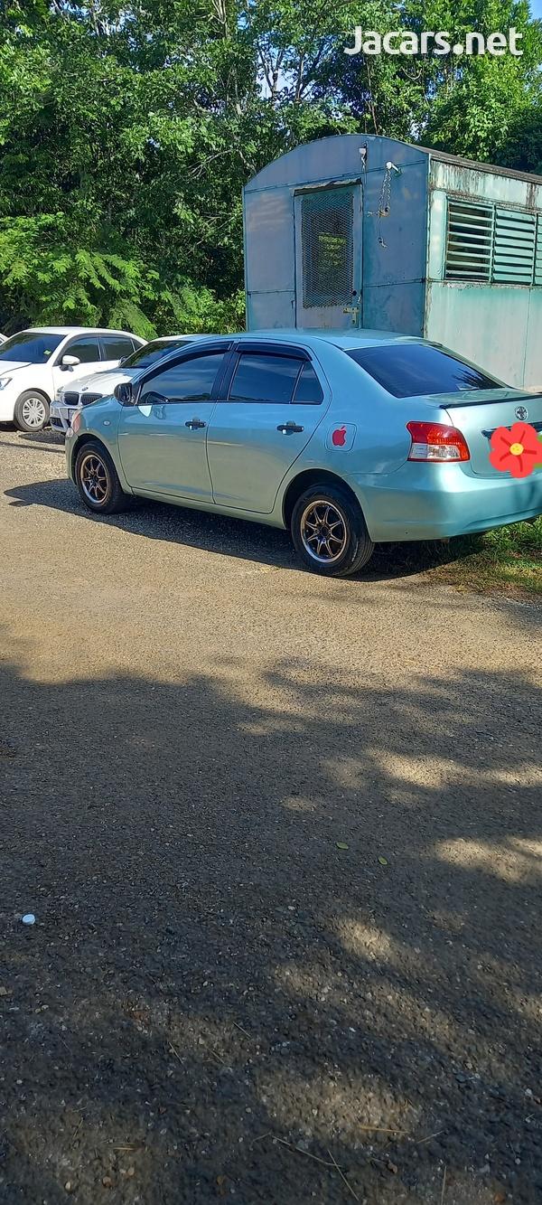 Toyota Yaris 1,5L 2010-6