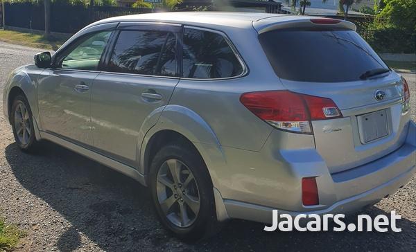 Subaru Outback 2,5L 2013-3