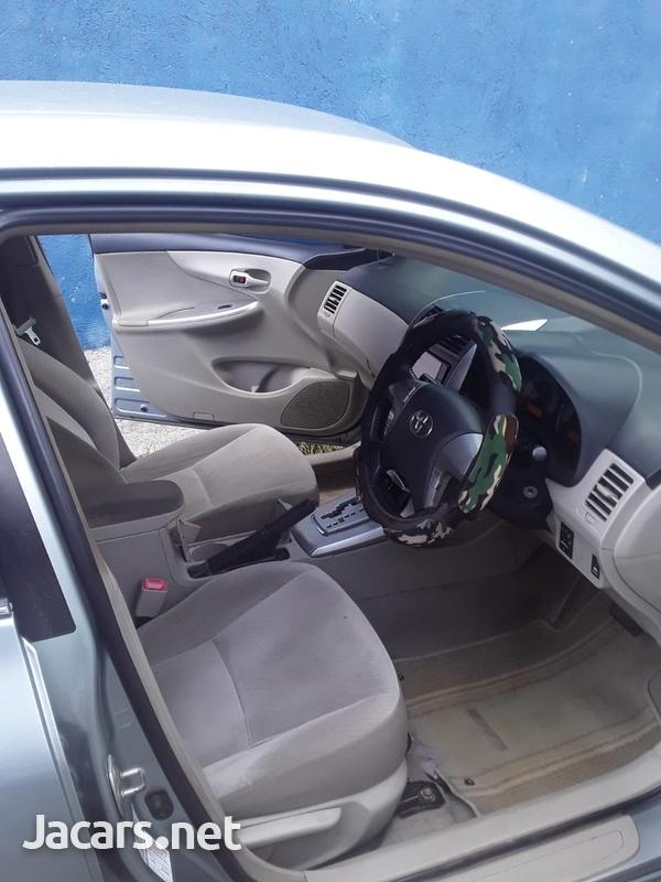 Toyota Corolla Altis 1,6L 2013-5