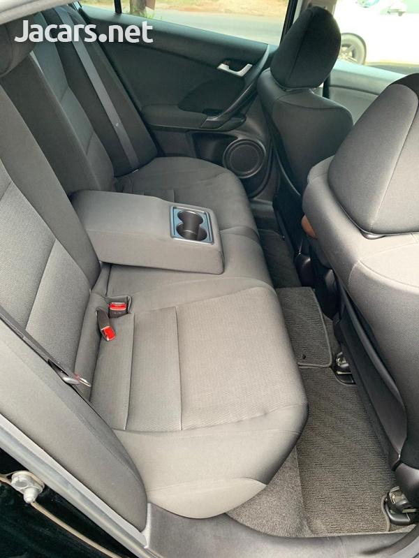 Honda Accord 2,0L 2011-7