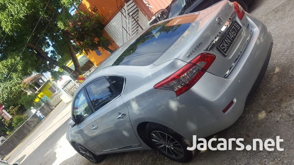 Nissan Sylphy 2,0L 2014-7