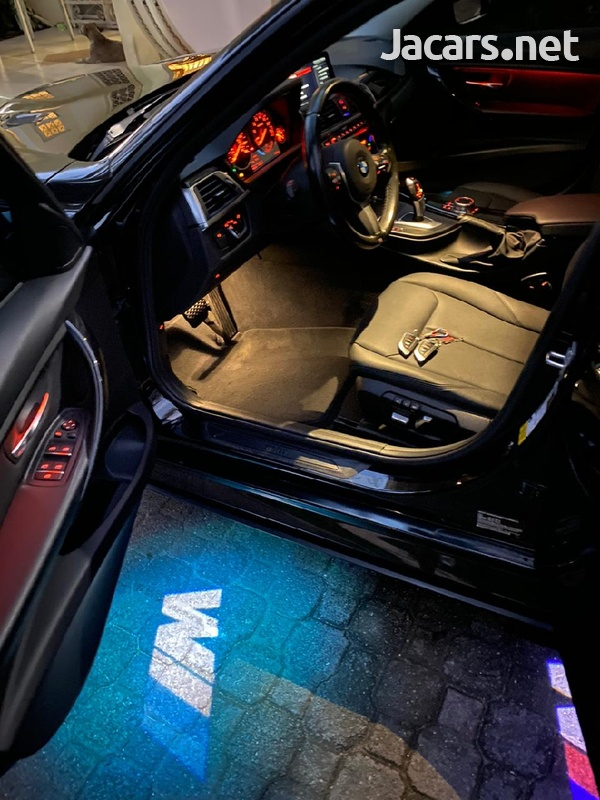 BMW 3-Series 2,0L 2018-7