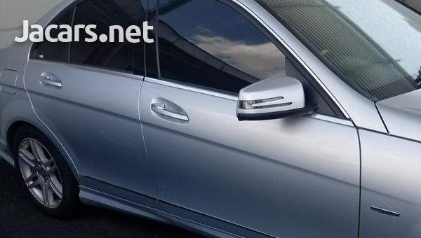 Mercedes-Benz C-Class 2,0L 2011-6