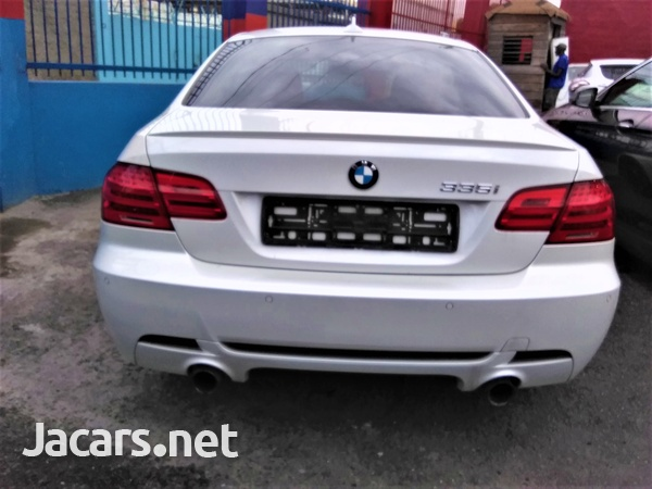 BMW 3-Series 3,0L 2013-3