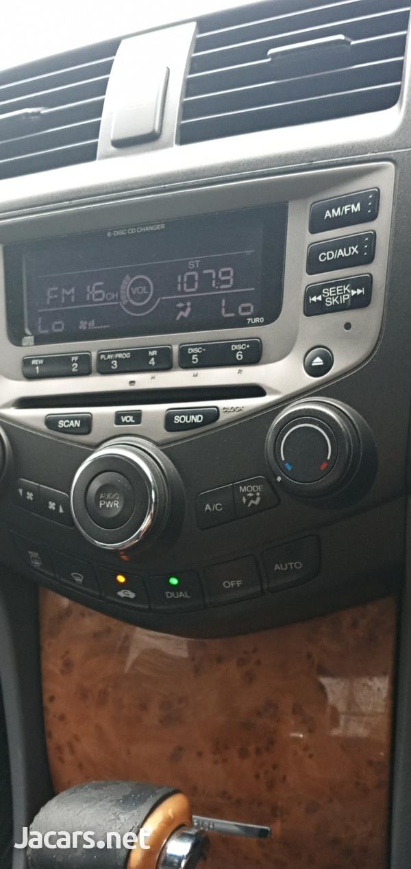 Honda Accord 2,4L 2003-1