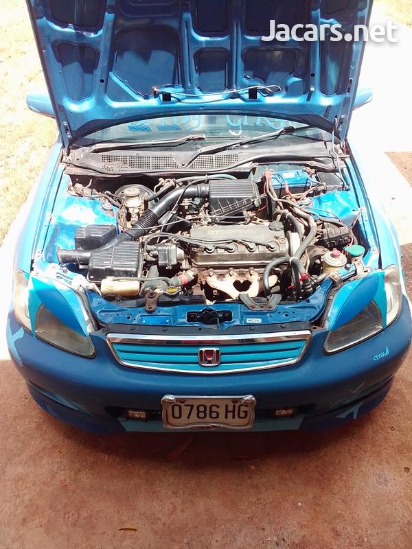 Honda Civic 1,6L 1999-6