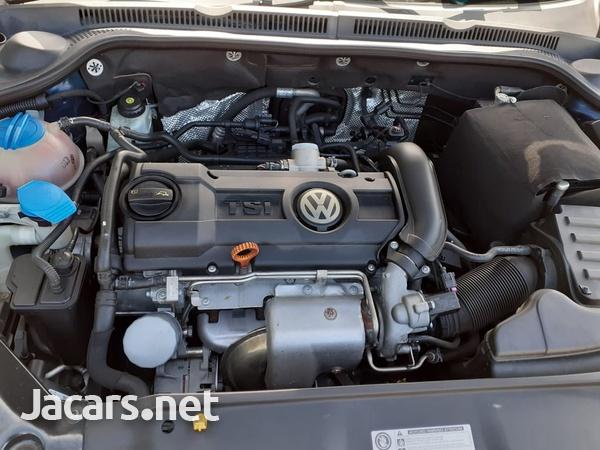 Volkswagen Jetta 2,0L 2014-4