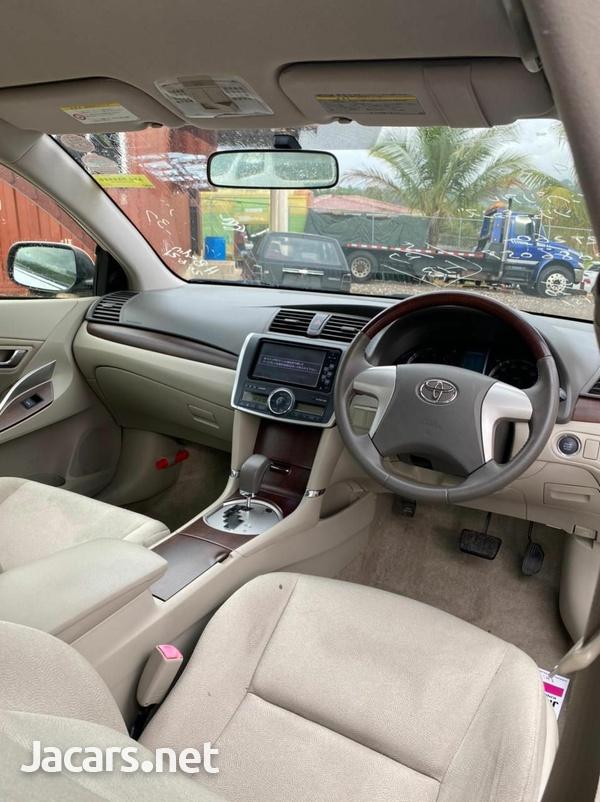 Toyota Allion 1,8L 2012-4