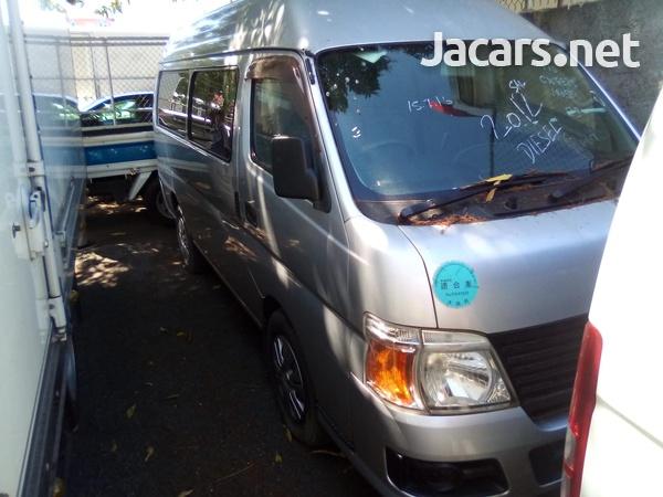 Nissan Caravan 2012-1