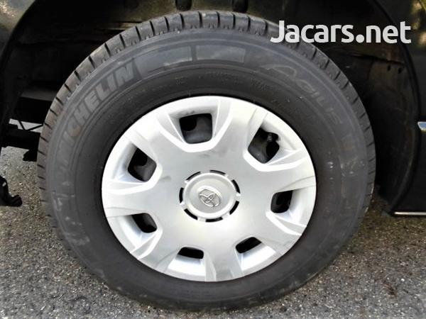 Toyota Regiusace / Hiace Van 3.0L 2014-7