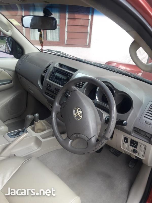Toyota Fortuner 1,5L 2005-7