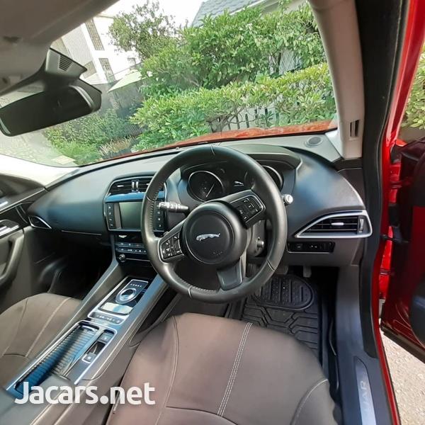 Jaguar F-Pace 2,0L 2018-3