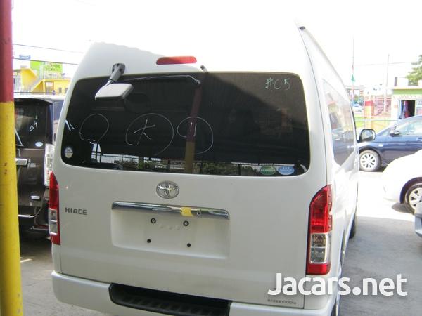 Toyota Hiace Bus 2,0L 2014-2