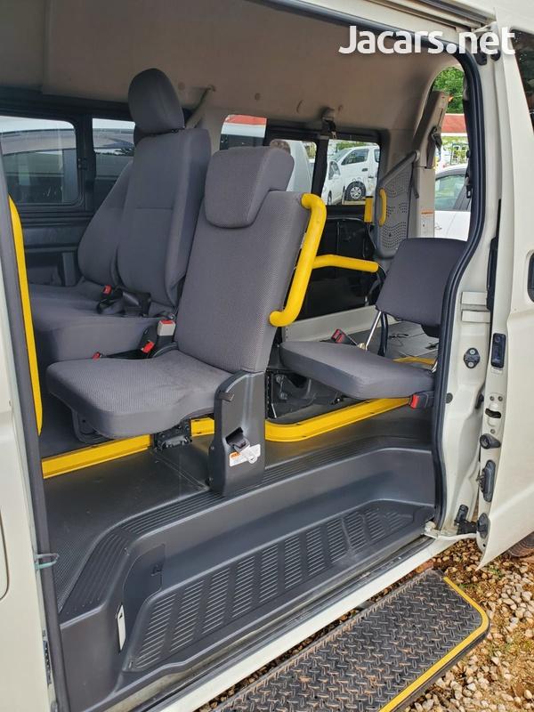 Toyota RegiusAce 2,0L 2014-5