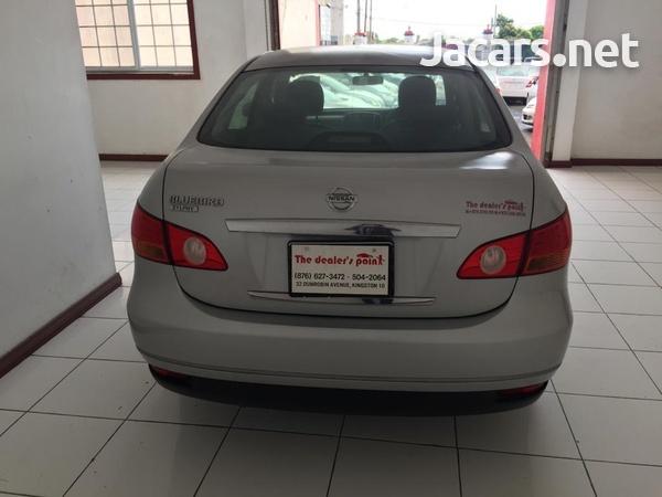 Nissan Bluebird 2,0L 2012-4