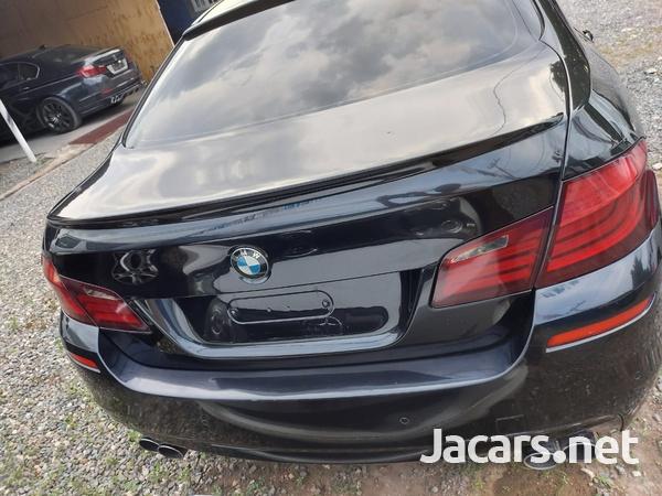 BMW 5-Series 2,5L 2011-6
