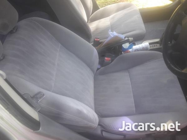 Honda Civic 1,6L 2004-3