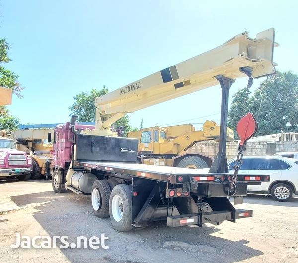 2000 Kenworth Boom Truck National Crane-5
