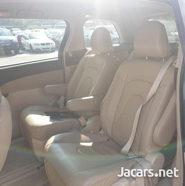 Toyota Previa 2,0L 2013-4
