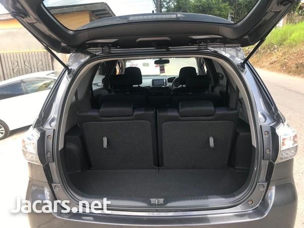 Toyota Wish 1,8L 2012-10