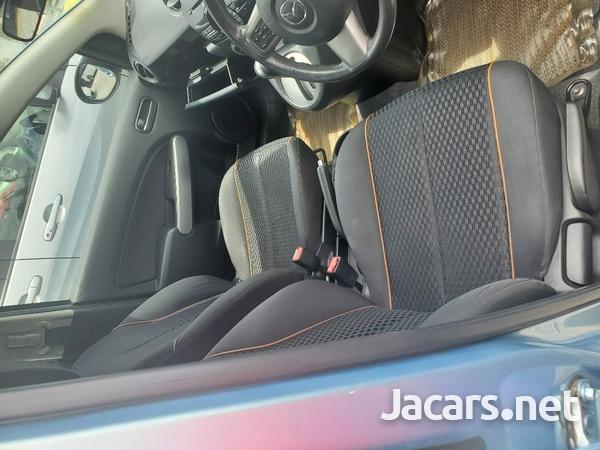 Mazda 2 1,5L 2013-6