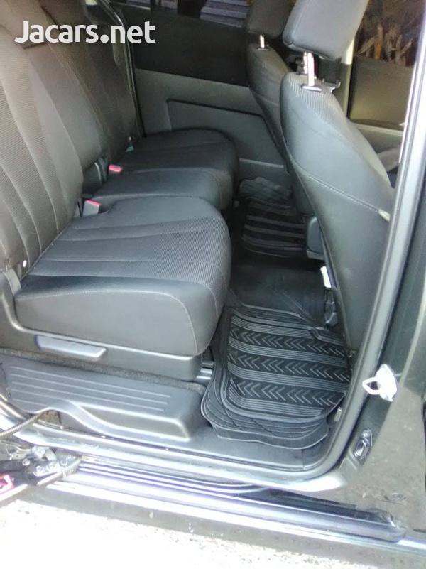 Mazda Premacy 2,0L 2013-5