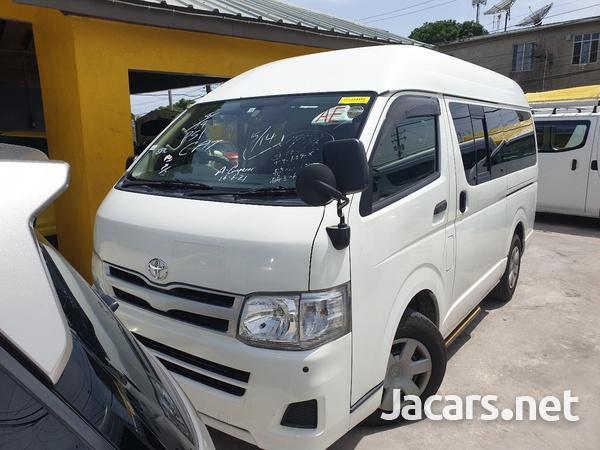 2011 Toyota Hiace Bus-1