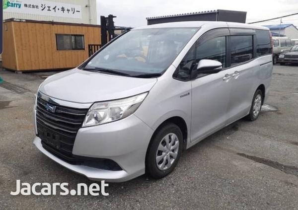 Toyota Noah 2,0L 2015-2