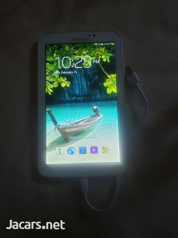 Samsung Tab3-1