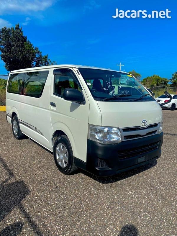 Toyota Hiace 2,5L 2012-5