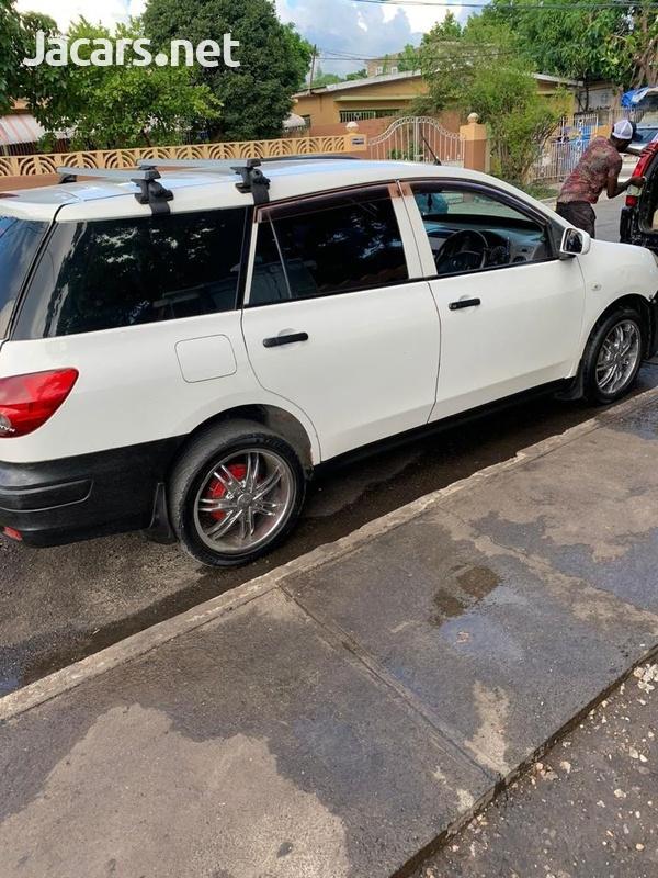Nissan AD Wagon 1,5L 2012-10
