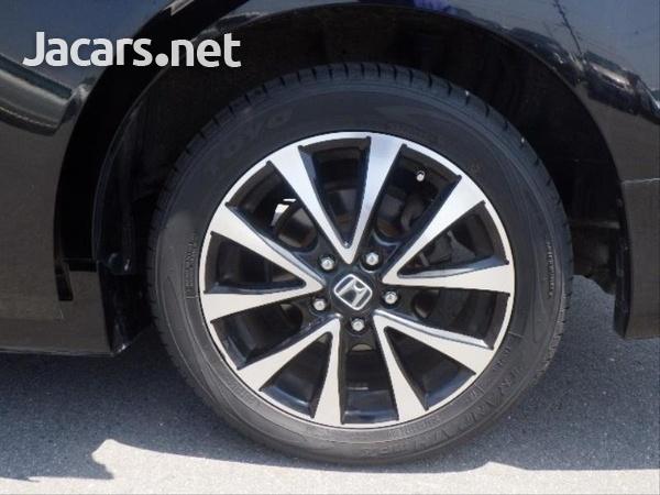 Honda Stepwgn Spada 2,0L 2013-9