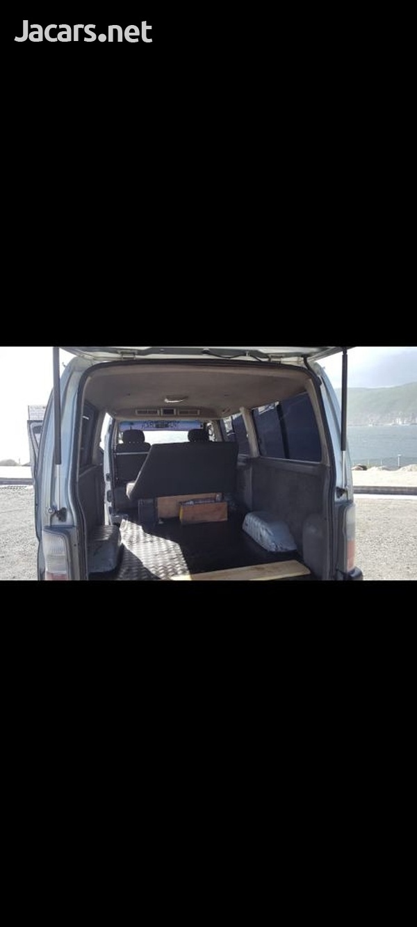 Nissan Caravan 2,0L 2002-11