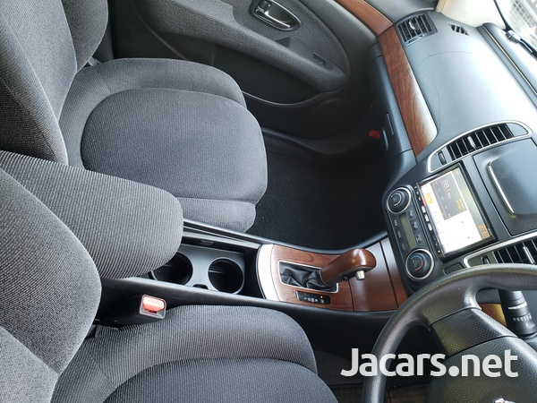 Nissan Bluebird 2,0L 2011-13