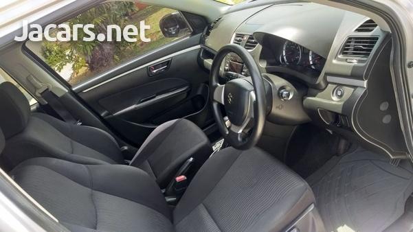 Suzuki Swift 1,4L 2012-5
