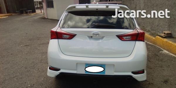 Toyota Scion 2,0L 2016-2