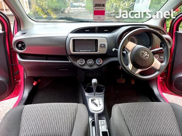 Toyota Vitz 1,0L 2016-6