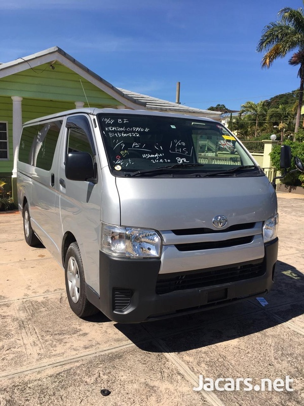 2015 Toyota Hace DX Bus-1