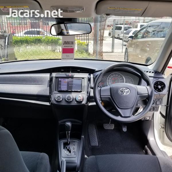 Toyota Axio 1,3L 2018-4
