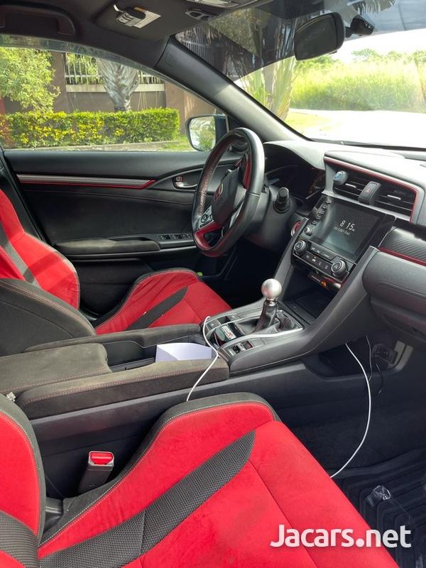 Honda Civic 2,0L 2019-11