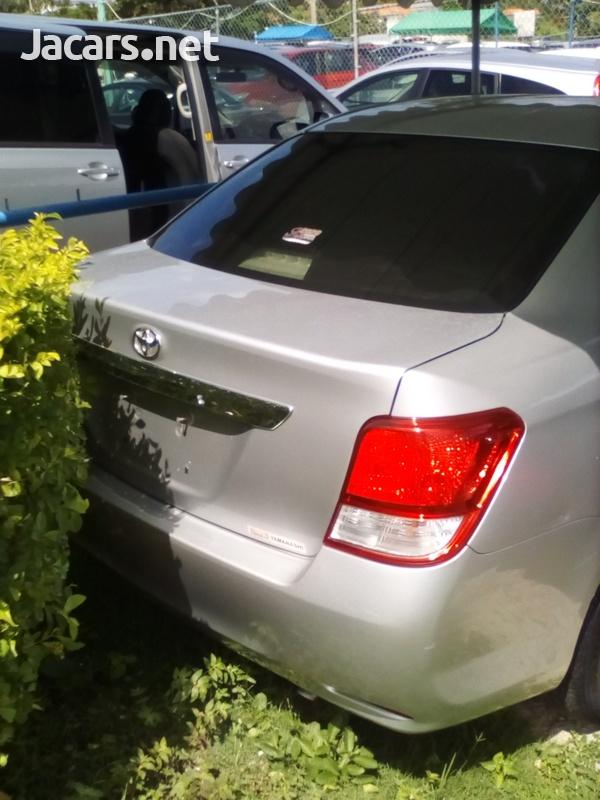 Toyota Axio 2,0L 2012-3