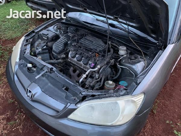 Honda Civic 1,7L 2005-4