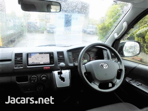 Toyota Hiace Van 2,0L 2016-3