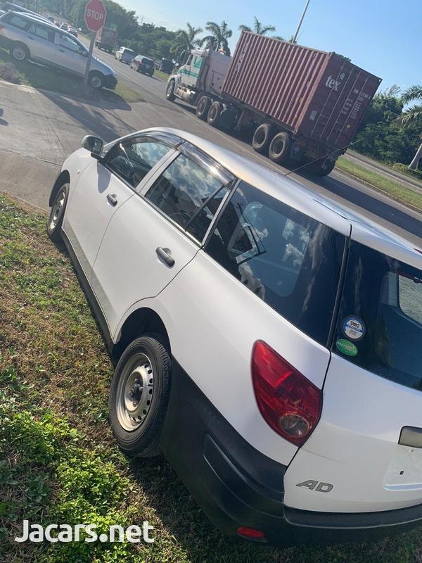 Nissan AD Wagon 1,5L 2015-5