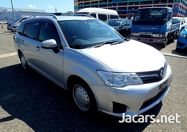 Toyota Fielder 1,8L 2013-1