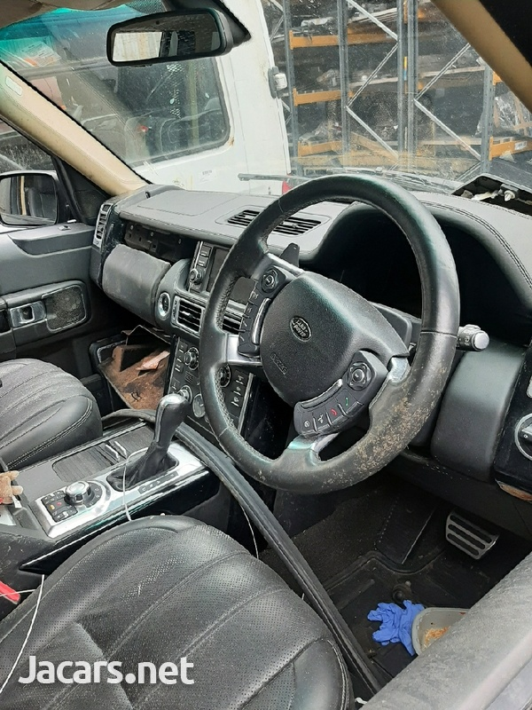 LAND ROVER RANGE ROVER AUTOBIOGRAPHY BREAKING /SPARE PARTS 2010-2