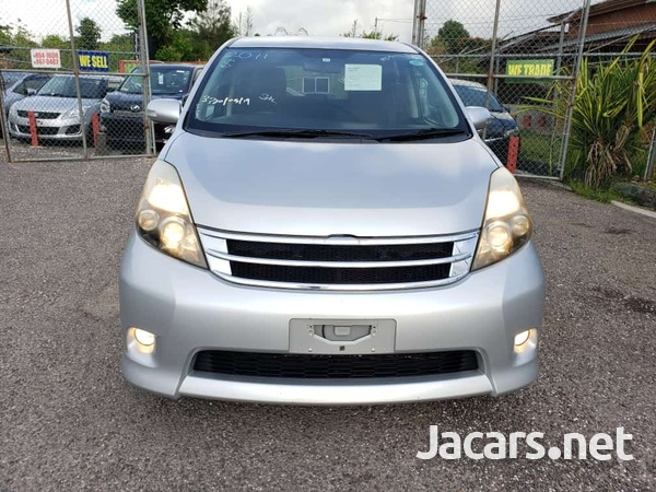 Toyota Isis 1,6L 2011-5